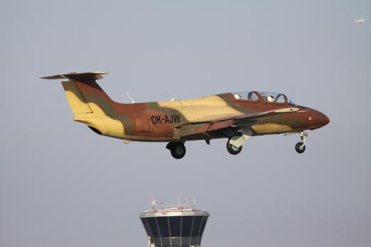 Aereo Da Caccia Gta 5 : Volo con aereo da caccia l czech jet